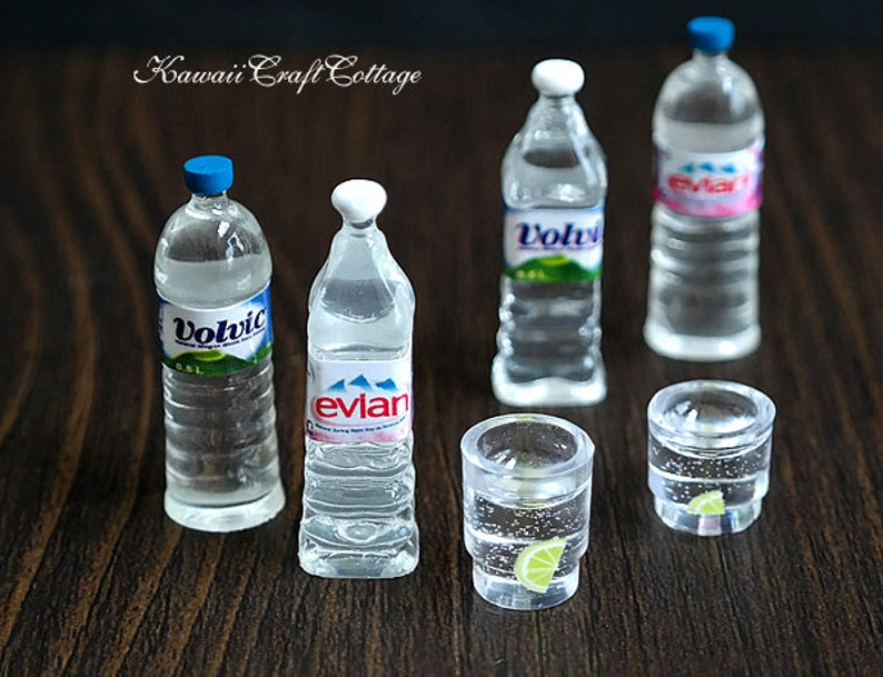 NEW 10Pcs Dollhouse Volvic Bottled Mineral Water 1:6 Miniature Drink Accessories
