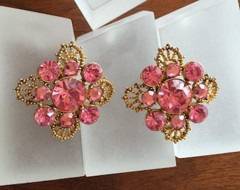 Weiss Pink Rhinestone Earrings, Weiss Pink Round Rhinestone Earrings, Weiss Pink Rhinestone Clip On Earrings, Vintage Weiss Pink Rhinestones