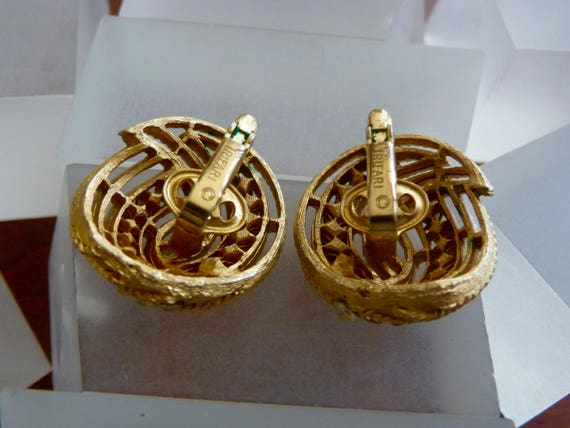Crown Trifari Gold Earrings/Crown Trifari Gold Sw… - image 7