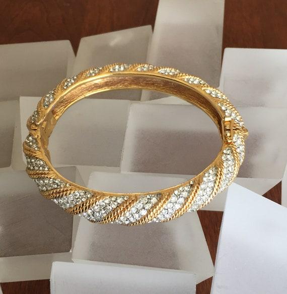 CINER Gold Clamper Bracelet/Ciner Hinged Bracelet