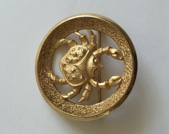 Crown Trifari Gold Earrings/Crown Trifari Gold Sw… - image 9