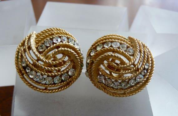 Crown Trifari Gold Earrings/Crown Trifari Gold Sw… - image 5