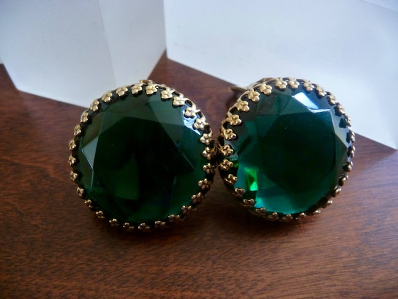 Weiss Green Rhinestone Earrings/Weiss Green Caboch