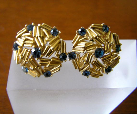 Crown Trifari Gold Earrings/Crown Trifari Gold Sw… - image 8