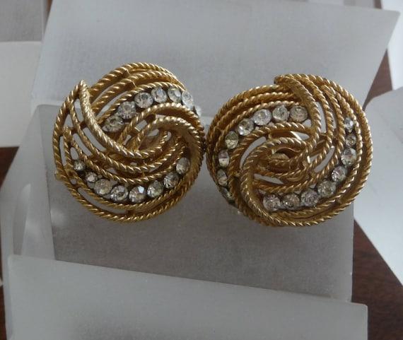 Crown Trifari Gold Earrings/Crown Trifari Gold Sw… - image 2