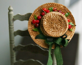 "Dollhouse miniatures ""Straw hat with cherries""- Artisan Handmade Miniature in 12th scale. From CosediunaltroMondo"