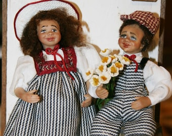 "Dollhouse Miniature ""Beautiful couple of children"" Artisan Handmade Miniature in 12th scale. From CosediunaltroMondo"