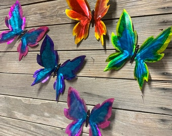 NEW METAL YARD ART SCULPTURE WITH FLOCK OF BUTTERFLIES