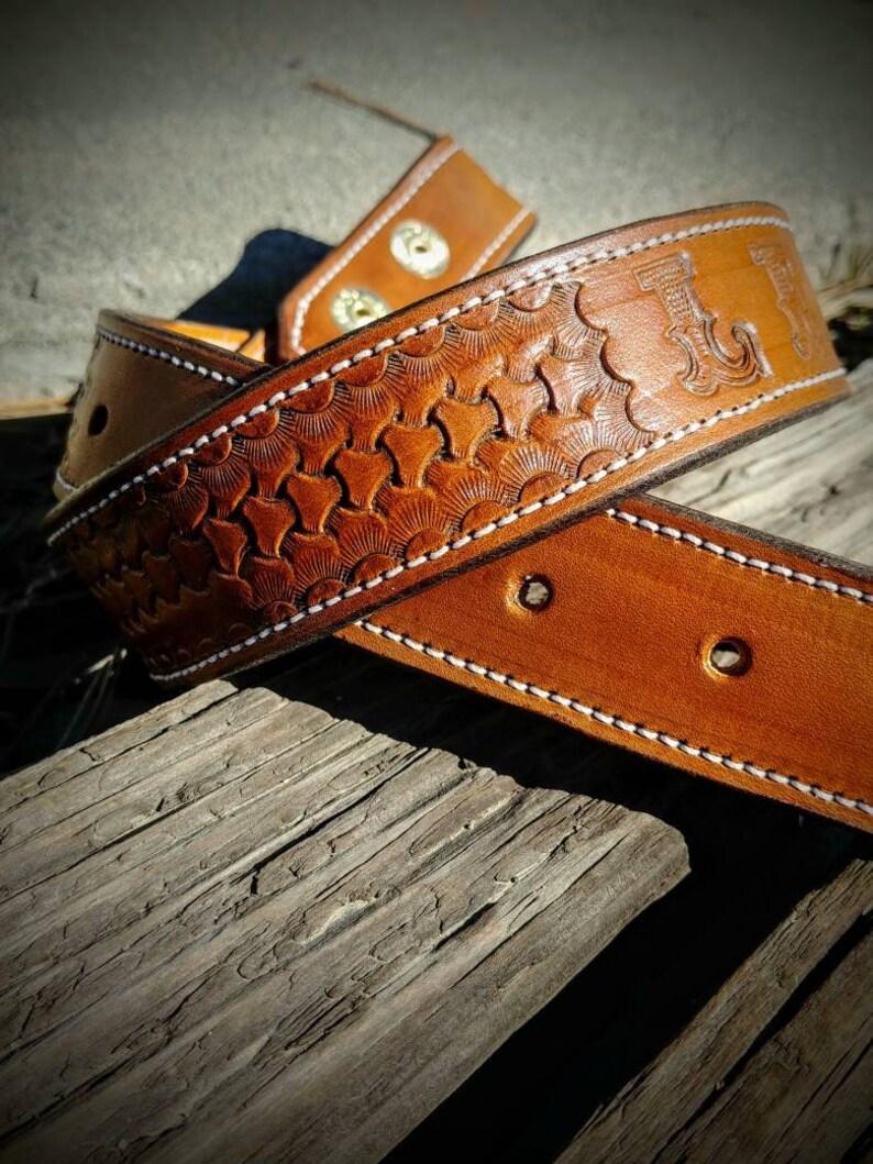 4f877af10a7 En cuir ceinture ceintures de cowboy western avec nom