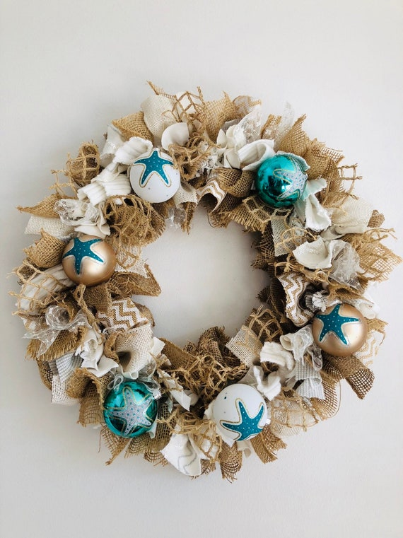 Nautical Christmas Wreath.Beach House Holiday Wreath Beach Christmas Wreath Ocean Inspired Burlap Wreath Starfish Wreath Nautical Wreath Boat Wreath