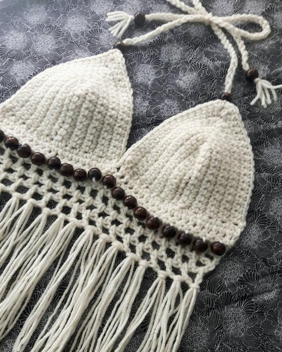 b0dc44d7beb4 Crochet con cuentas Halter Top con flecos
