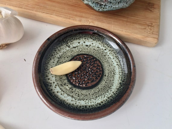 Garlic Grater Plate,  Ceramic Garlic or Ginger Mincing Dish, oil and herb dipping, serving bowl