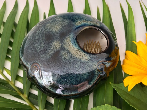 Ikebana Flower vase, porcelain pottery enclosed form with flower frog, permanently fixed pin frog, Kenzan vase, flower arranging bowl