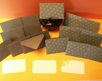 16 green mini note cards for holiday, wedding, birthday, baby shower, bridal shower.