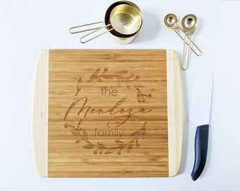 Personalized Custom Engraved Cutting Board - Wreath Design - Family Name Cutting Board - Housewarming Gift - Laser Etched Font