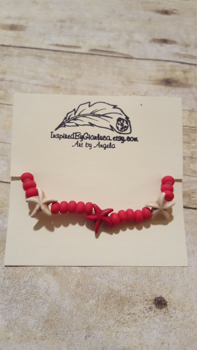 simple jewelry Red and White Starfish Sea Star Stretch Bracelet Sea Themed bracelet Canadian Flag. beachy jewellery Canadian Pride