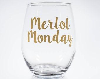 Merlot Monday, Red Wine Gift, ABC Bachelor Bachelorette Monday, Wine Lover Gift, Girlboss Gift, Red Wine Lover Gift, Stemless Wine Glass