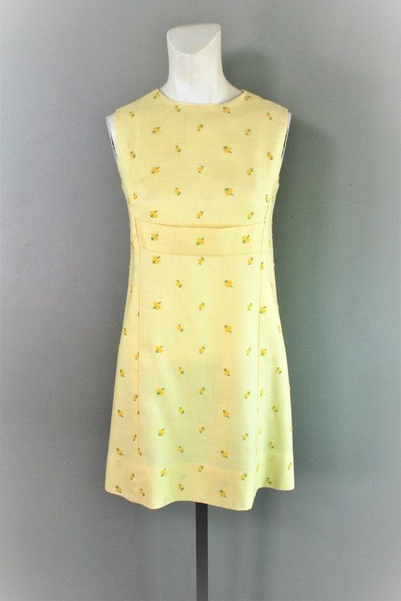 1960's - Yellow Linen Mini - Estimated size M - Em