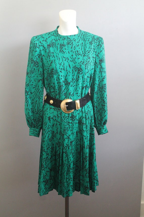 CEO - Green OpArt- Long Sleeve- Shirtwaist Dress-