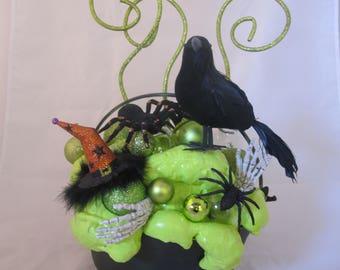 Witch's Cauldron Centerpiece