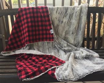 Buffalo Plaid & Minky Blanket / King / Queen / Double / Twin - Luxury Bedding - Designer Blanket