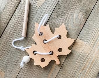 Leaf Lacing Card
