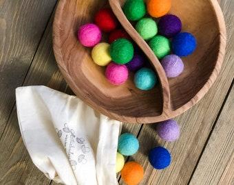 20 Rainbow Felt Balls