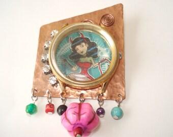 Handmade Jewelry-Devil Woman-Steampunk Brooch-Handmade Brooch-Copper Brooch-Gold Watch-Cold Connection-Metalwork-Mixed Metal Jewel-Scarf Pin