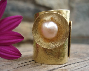 Hammered Bronze Band Pink Pearl Ring Adjustable Statement Unique Cuff Modern Bronze Band Pink Pearl Ring Cold Connection Riveted Ring