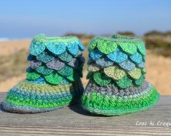 "Booties baby girl crochet ""Mint cordial"" pure 100% Merino Wool"