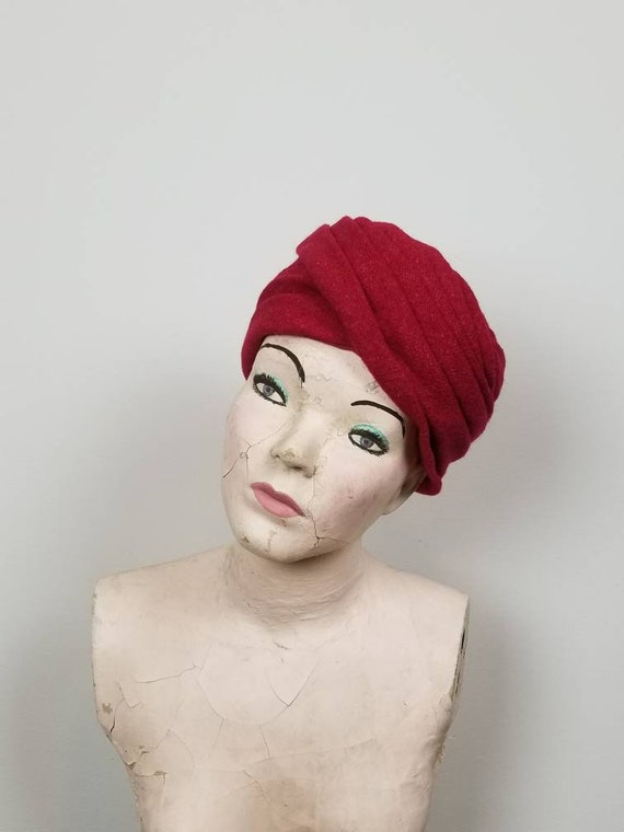 8be5a9dc991 1960 s Christian Dior Raspberry Turban Hat