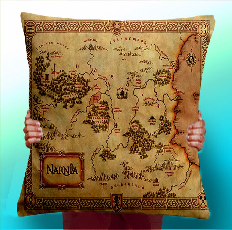 Narnia Map The Lion the witch and the wardrobe  Cushion / image 0