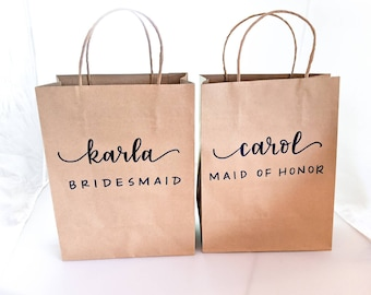 Custom gift bags | Personalized gift bags | Wedding gift bags | bridesmaids bags | paper gift bag | Custom name bags | wedding party bags