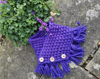 The Cheery chunky cowl pattern