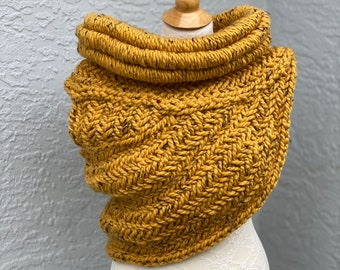 Katniss inspired huntress cowl, hand knitted vest, shawl, Hunger Games Cosplay, Katniss fan gift, MADE TO ORDER