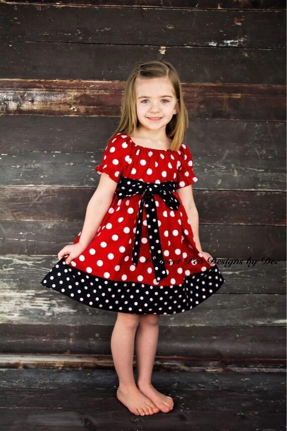 Maus Thema Geburtstag Partei Kleid rot-weiß gepunkteten