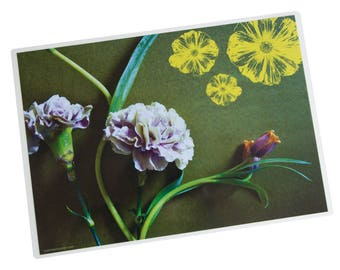 laminated table set photo pink carnations and drawing yellow flowers