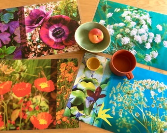 Lot of 4 laminated floral table sets of your choice
