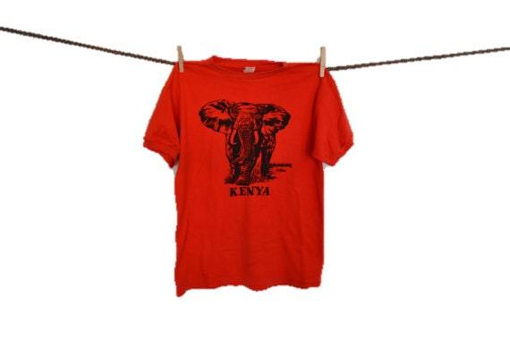 Éléphant tshirt t-shirt orange de Hipster Ringer tee des années 70 Kenya tourisme chemise t shirt 90 s Grunge Souvenir Graphic tee Indie grand voyage
