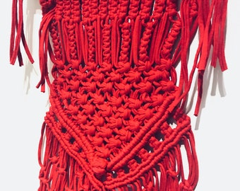 Macrame Wall Hanging, Decorative Knotted Knitted wall art. Red Wall hanging.