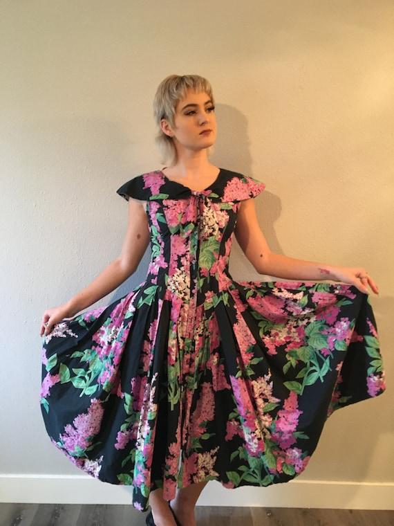 Floral dress /cotton dress / full circle