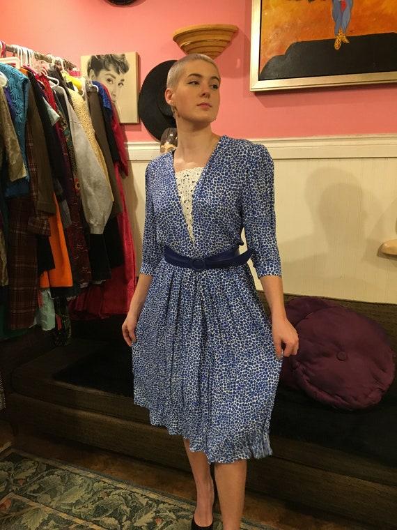 Vintage dress / size large / rayon / poly / 1970s