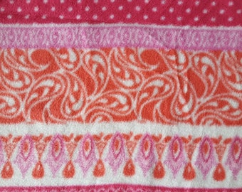 Pink Variegated Stripes Fleece Fabric (28 inches)