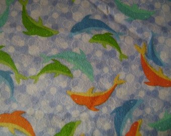 Dolphins Flannel Fabric (1 yard 23 inches)