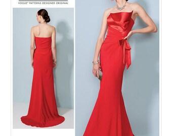 Vogue Pattern V1533 Misses' Strapless, Front-Drape Dress with Train