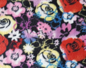Floral Fleece Fabric (1 yard 4 inches)