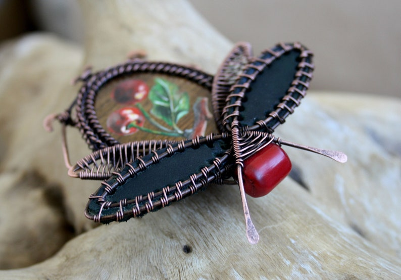 Hand Painting Brooch Insect Bug Wire Wrap Lady Boho Chic Accents Women/'s Gift For Her Wood Painting Nature Jewelry Theme Brooch Pin