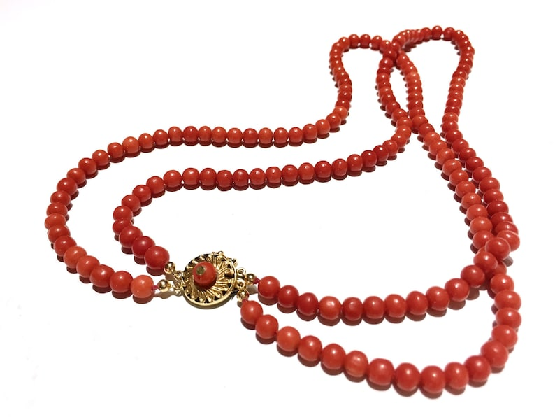 Periods & Styles Hearty Rich Ox Blood Red Art Deco Nouveau Antique Vintage No Dye Natural Coral Necklace