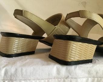 94f7724253ac0 Vintage sandals | Etsy