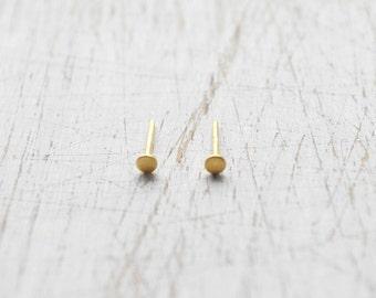 Black&Gold Gold Stud Earrings